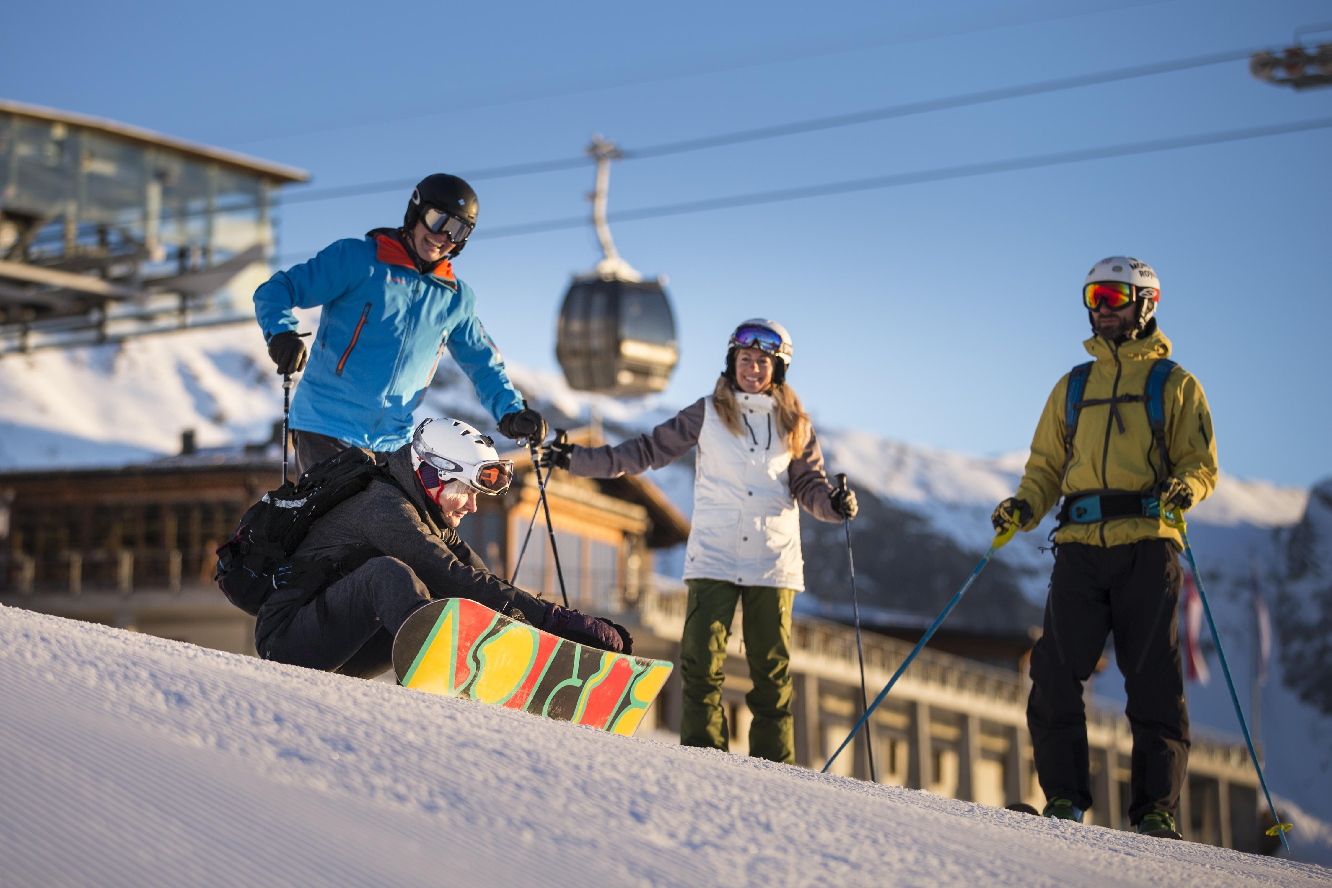 Schneesporttag, © Weisse Arena Bergbahnen AG, Gaudenz Danuser